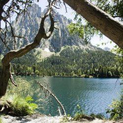 Aigues Tortas and Lake of Saint Mauricio – National Park